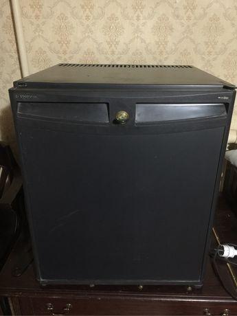 Холодильник- бар