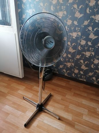 Вентилятор для дома.
