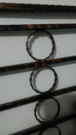 Grilaj pentru geam din fier forjat