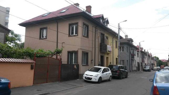 Vand casa Bucuresti