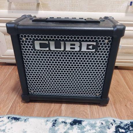 Комбоусилитель для электрогитары Cube