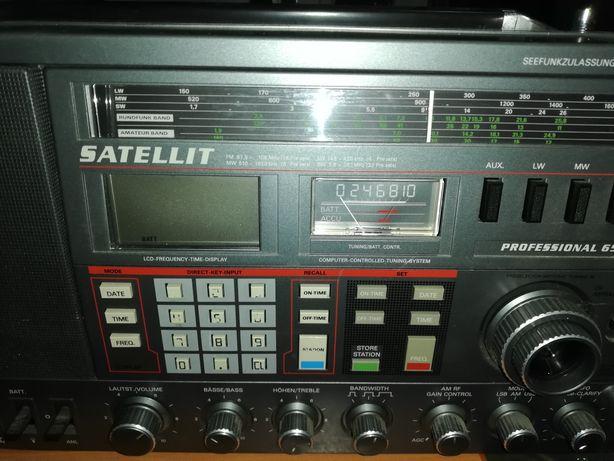 Radio Grundig Satelitte profesional 650