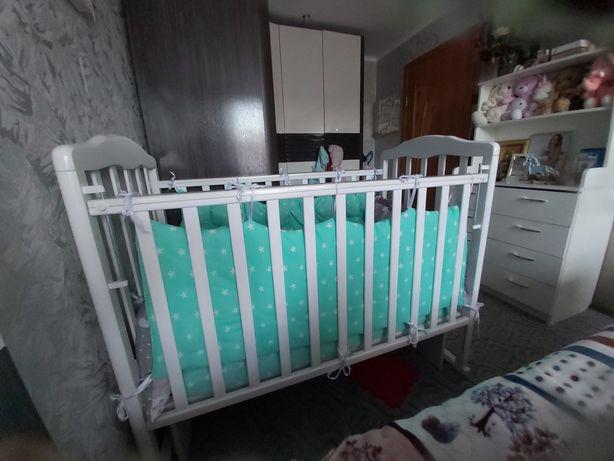 Детская маленькая кровать