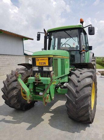 Tractor John Deere 6900