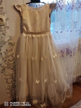 Детска официална бяла рокля с пеперуди