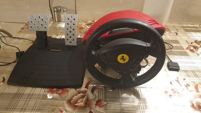 Volan Thrustmaster Ferrari cu pedale de PS2