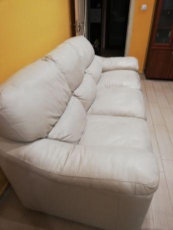 Фотьойл и диван тройка от естествена кожа