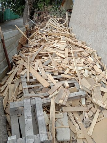 Цельные дрова для печи и т.д