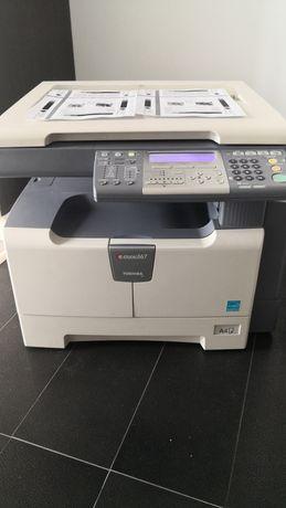 Imprimanta copiator Toshiba estudio 167 alb negru mono A3 A4 si 2802