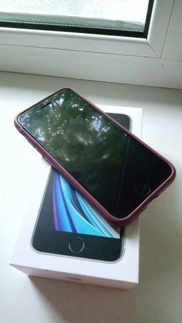 Продам телефоны Айфон SE и Самсунг А5