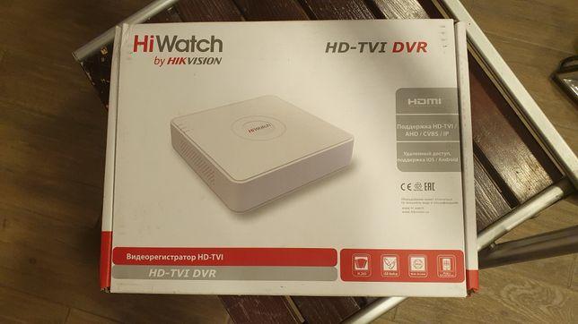 Hikvision гибридный видеорегистратор  DS-H208Q