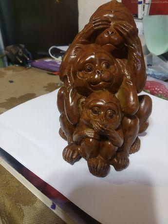 Статуетка на маймунки и Бухали