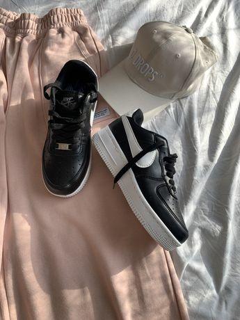 Шикарна обувь, nike airforce, кроссовки reebok