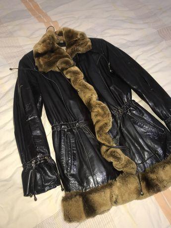 Кожанная Куртка с меховыми вставками из норки