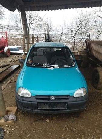 Dezmembrez Opel Corsa b 1.2i