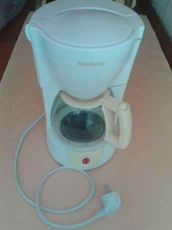Кофеварка ELENBERG-KM 2400.Б/У.Отличное состояние.Пользовались 2-3 раз