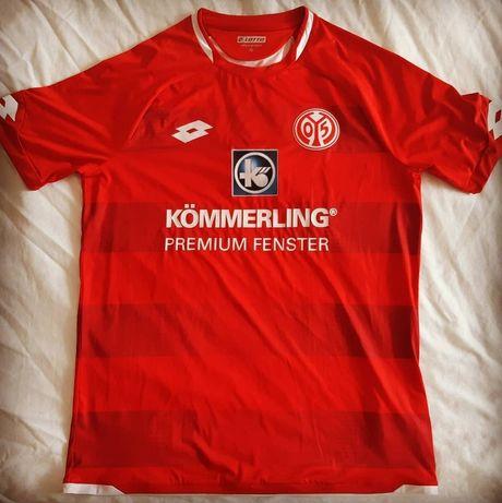 FC Mainz Home Kit Season 19-20