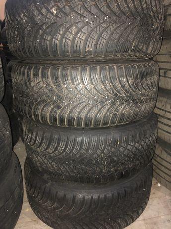 Зимни гуми Esa Tecar 205/55/16 dot2011 7мм грайфер