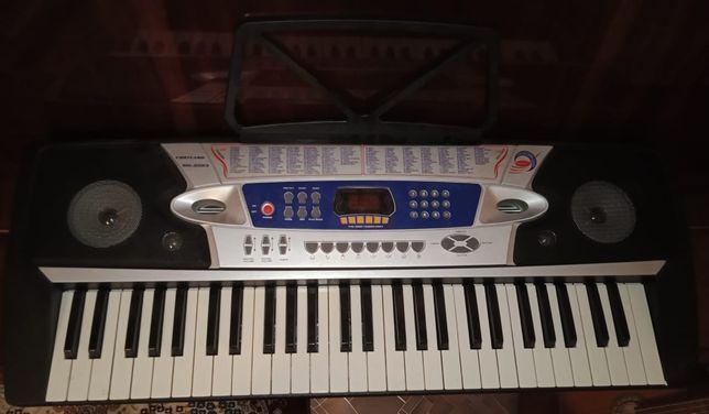 Продаётся синтезатор Cortland MK-2063