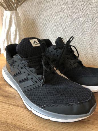 Мъжки маратонки adidas 45,5 номер