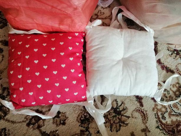 Продаю бортики на детскую кровать