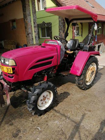 Vand tractor luzhong 4x4