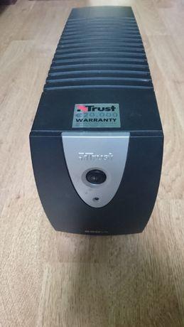 Baterie externa Trust 650VA Plus