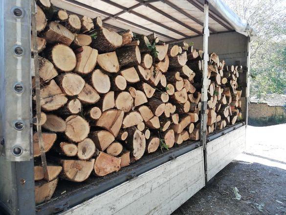Дърва за огрев на метър