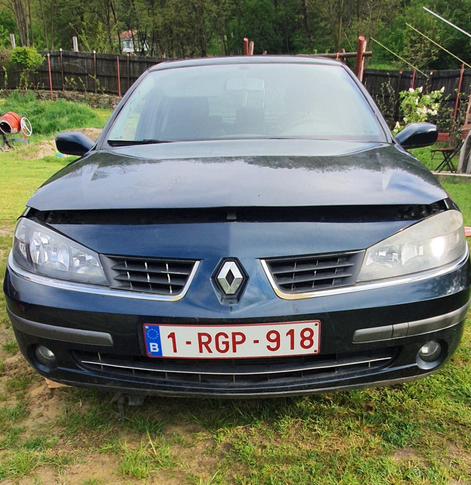 Dezmembrez Renault Laguna 2 facelift 2006 motor 1.9 dci