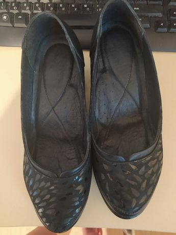 Български обувки Ина