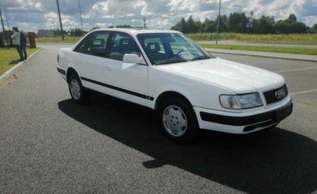 Audi 100 . . .   .