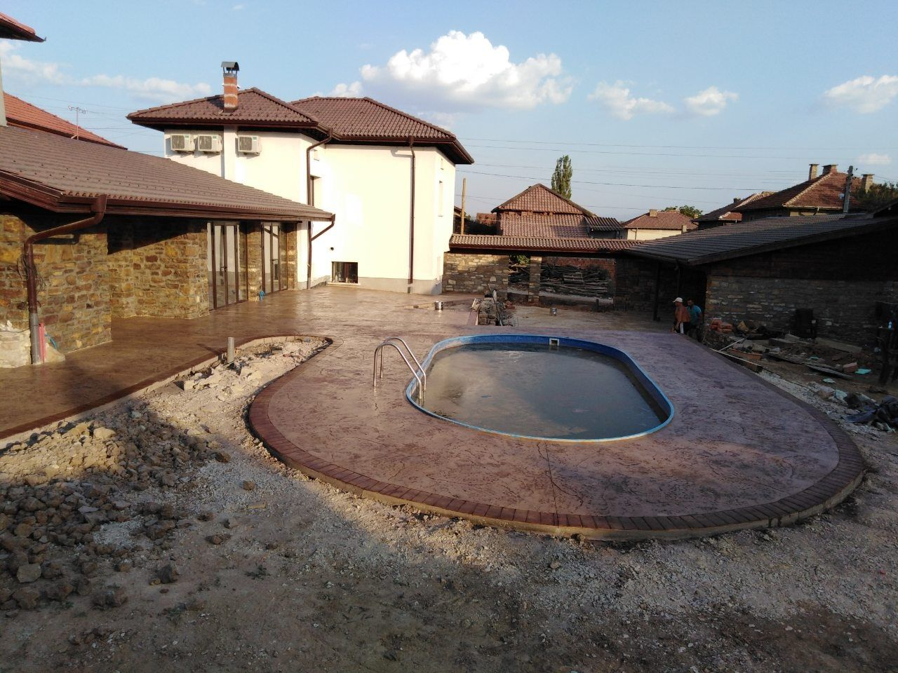 декоративен щампован и шлайфан бетон от 25до 30лв на м2