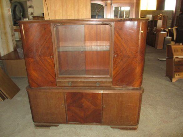 Шкаф с витрина - секция - внос от Германия