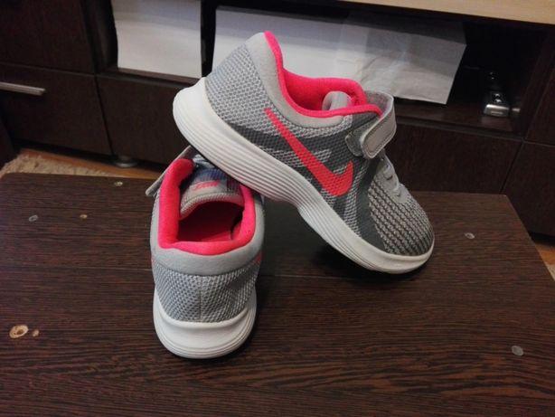 Adidasi Nike Revolution 4,Pentru Copii,Marimea 33,5!ORIGINALI! CA NOI!