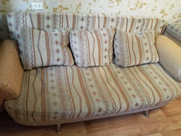 Продам диван Еврокнижку с нишей под бельё