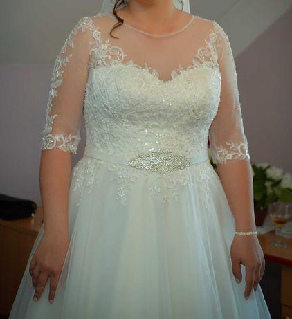 Vand rochie de mireasa marime mare - model 2021