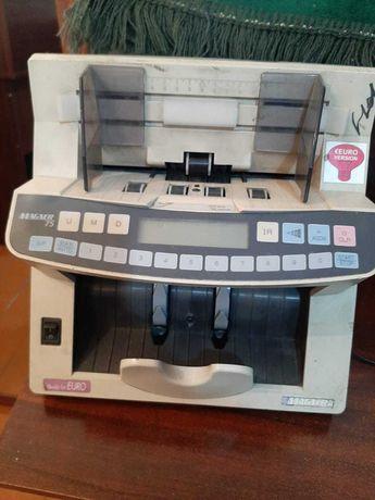 Счетная машинка модель Magner 75