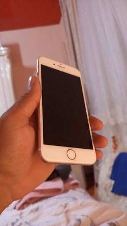 Iphone 7 rozgold.