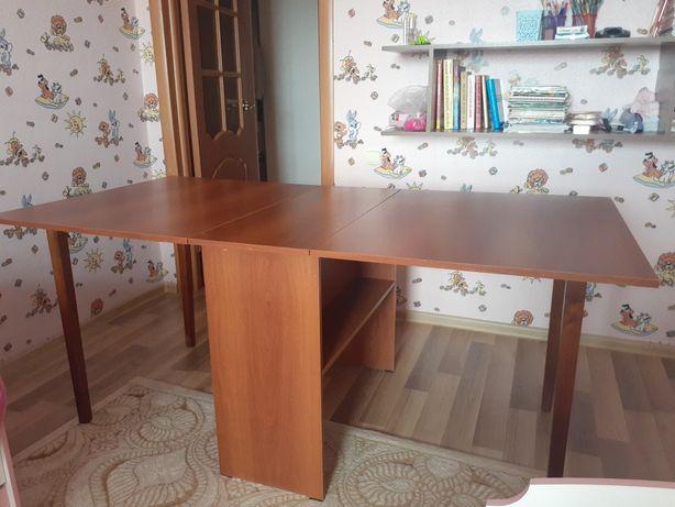 Продам стол, раздвижной.