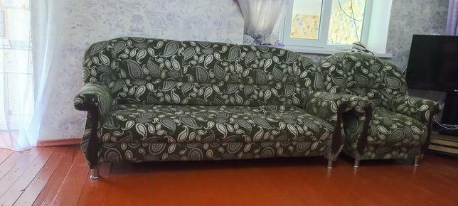 Диван,мини диван,и два кресла