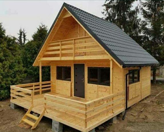 Vând căsuța de locuit făcute din lemn