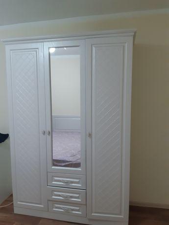 Мебель в спальную