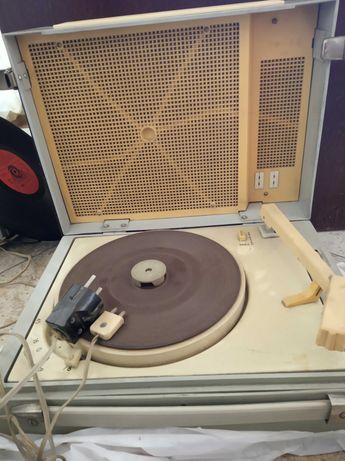 Стари грамофони за радио- Концерт М и Концертнъй 3