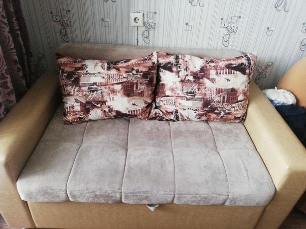 Придам небольшой раскладной диванчик
