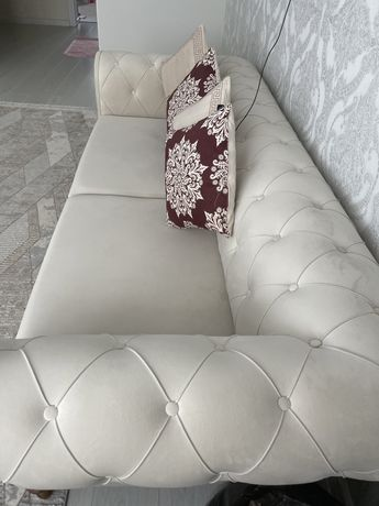 Красивый диван турецкого производства