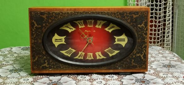 Настолен часовник Янтар