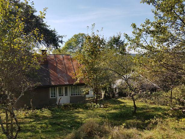 Vând casă + teren + pădure