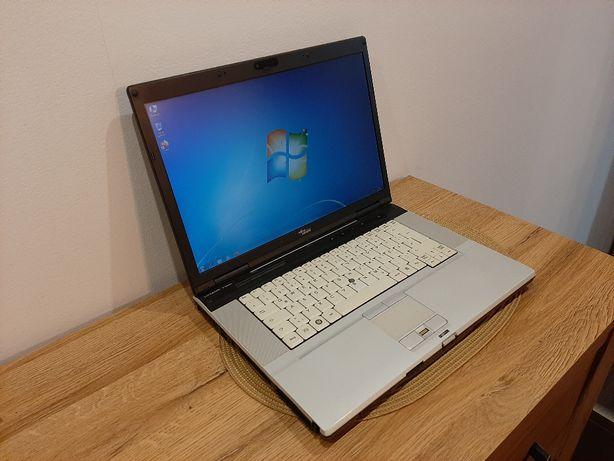 Laptop Fujitsu LifeBook E8420 cu camera Web
