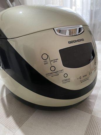 Мультиварка Redmond RMC -M150