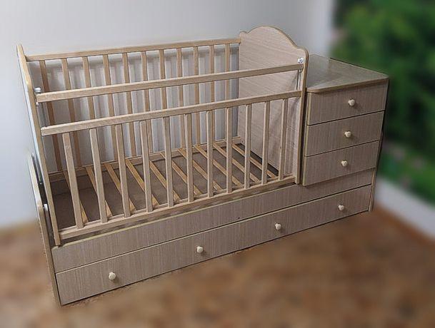Детская кроватка с тумбой